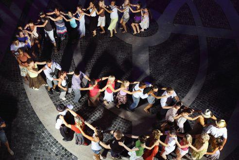 Éjszakai bál és koncert is lesz az országos táncháztalálkozón