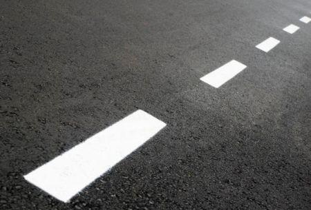 Nő a forgalombiztonság a megújult 8402-es jelű Devecser-Pápa összekötő úton