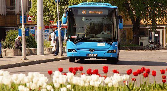 Így változik a pécsi buszok menetrendje
