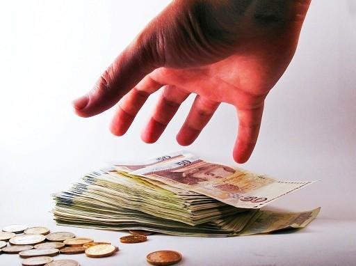 Tévesen szabták ki az élettársi özvegyek öröklési illetékét: vagyonokat fizet vissza a NAV?