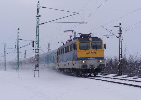 Gázolás miatt késnek a vonatok Székesfehérvár és Budapest között