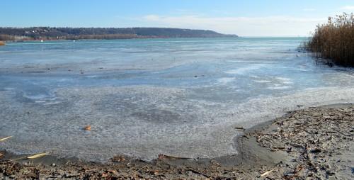 Aggasztó a helyzet a Balatonnál - rekordmagasságú a Sió-csatorna vízállása