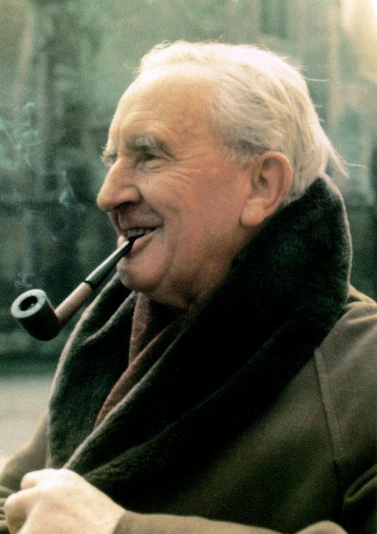 125 éve született J.R.R. Tolkien, többek között A gyűrűk Ura atyja!
