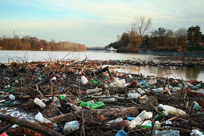 Áder tájékoztatta az Európai Bizottság elnökét a Tisza- és Szamos-szennyezésről