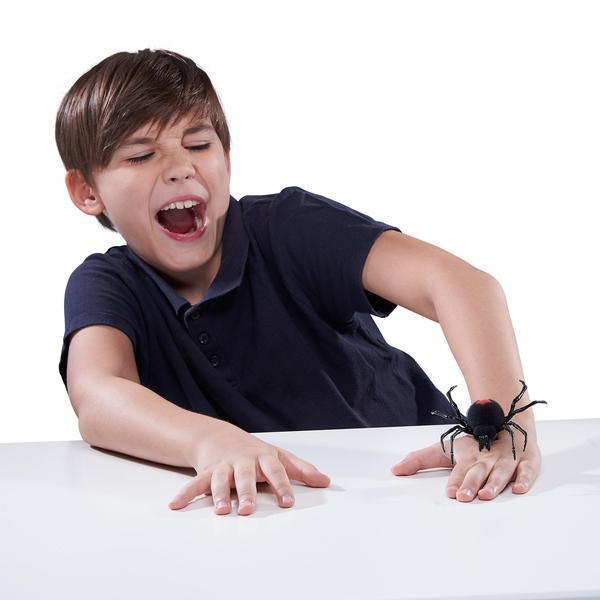 Alternatív megoldás pókimádó gyerekeknek