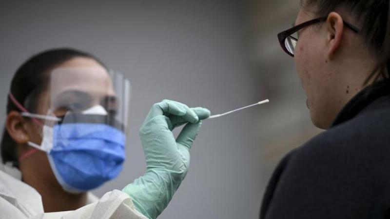 Koronavírus - Meghalt 6 beteg és 3793-ra emelkedett a fertőzöttek száma Magyarországon