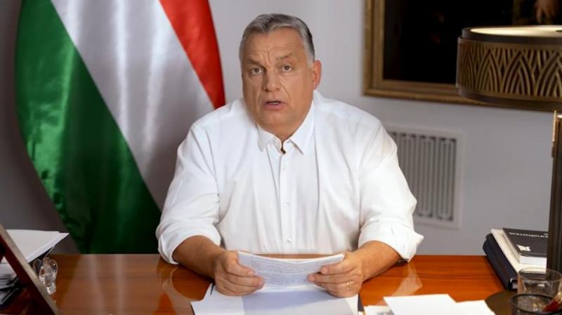 Az LMP szerint Orbán Viktort terheli a felelősség.