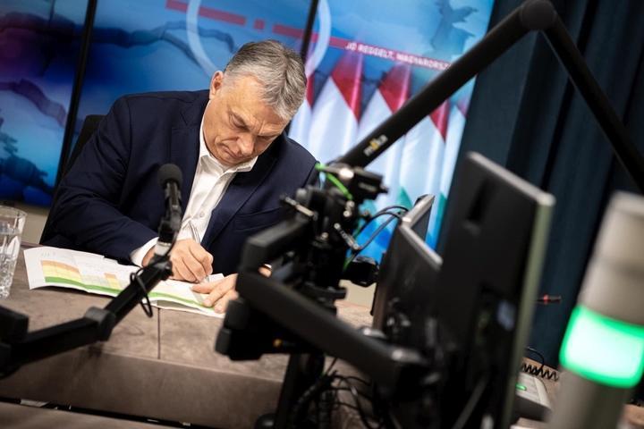 Orbán Viktor: veszélyes pillanatban vagyunk