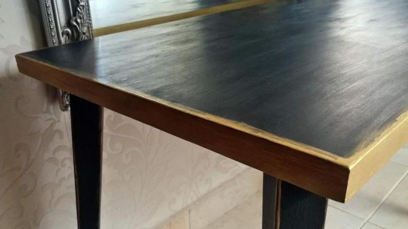 A csillogó retro korszak - Így fess át egy régi asztalt!