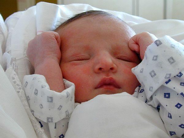 Fél perccel éjfél után született az újévi baba